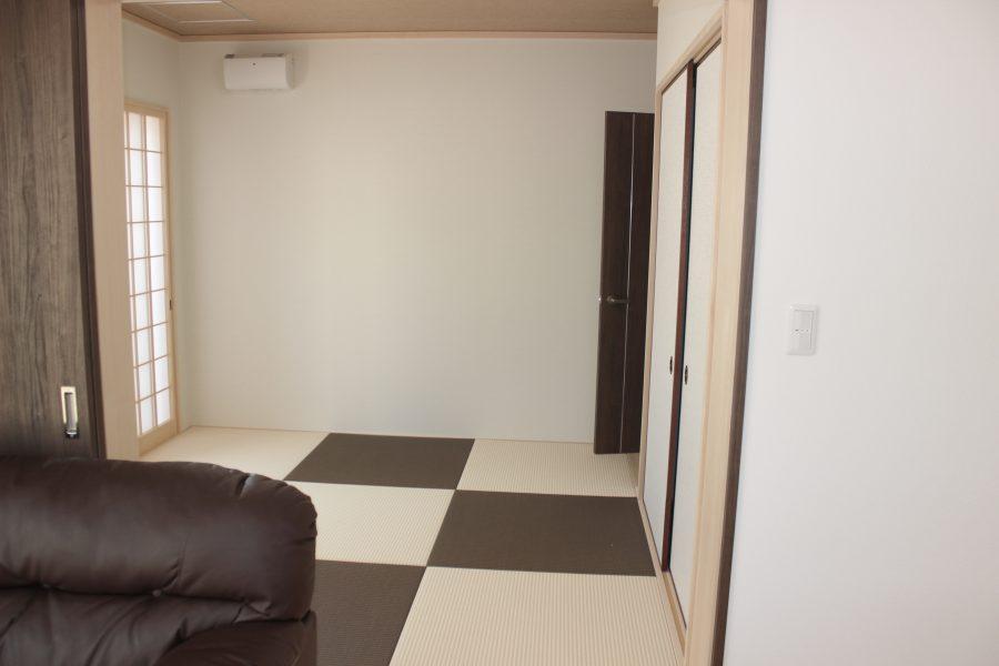 和室はリビングからも玄関ホールからも出入りできます