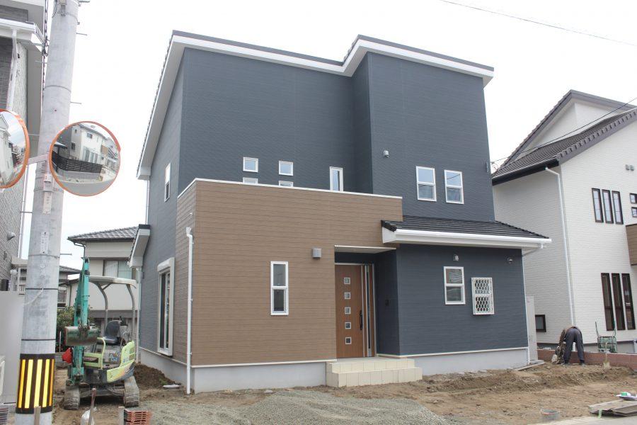 現在建築中(平成31年1月完成予定)<br /> 総額:3,060万円(税込)