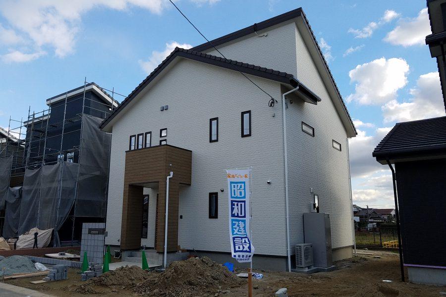 現在建築中(平成31年1月完成予定)<br /> 総額:3,070万円(税込)