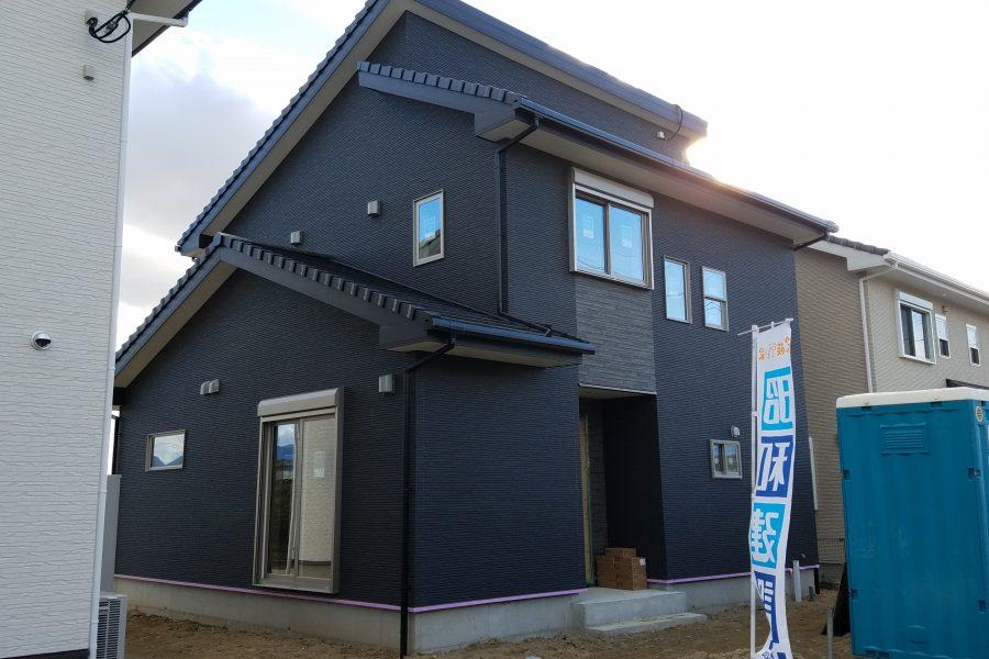 現在建築中(平成31年1月完成予定)<br /> 総額:3,080万円(税込)