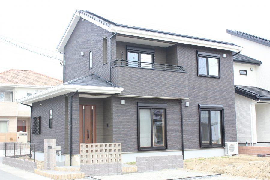 現在建築中(平成31年1月完成予定)<br /> 総額:3,170万円(税込)